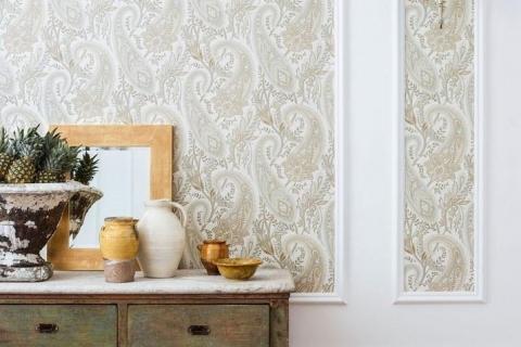 6-AOTG-Wallpaper-Carousel_1024x1024